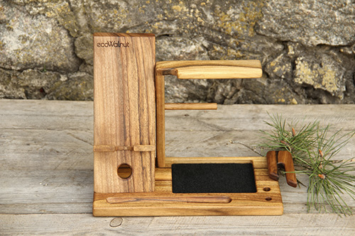 Phone docking station for men1