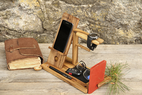 Phone docking station for men3