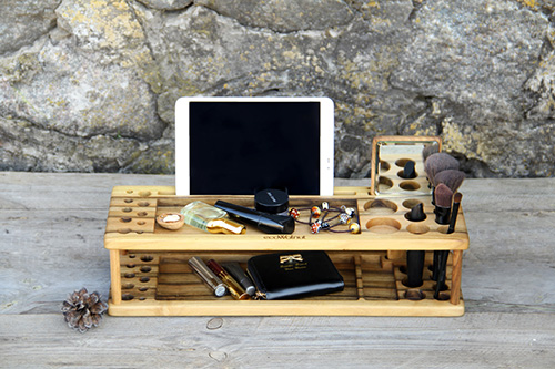 Wooden makeup organizer2